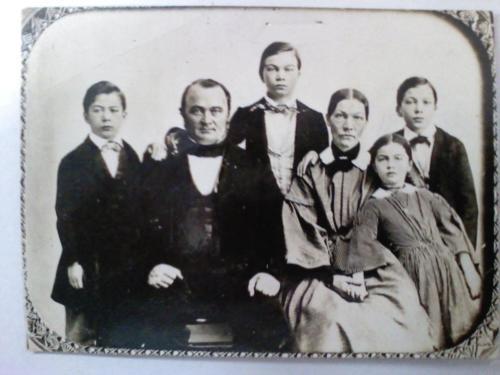 a h nollau family
